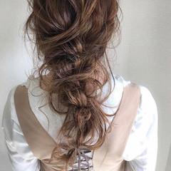 パーマ ナチュラル ヘアアレンジ デート ヘアスタイルや髪型の写真・画像