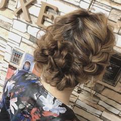 編み込みヘア ナチュラル アップスタイル ふわふわヘアアレンジ ヘアスタイルや髪型の写真・画像