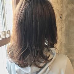 デート ナチュラル アンニュイ アウトドア ヘアスタイルや髪型の写真・画像