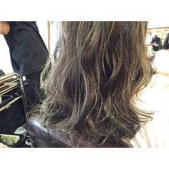 ハイライト ウェットヘア ストリート ヘアオイル ヘアスタイルや髪型の写真・画像