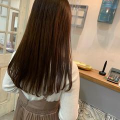 ツヤ髪 透明感カラー チョコレート フェミニン ヘアスタイルや髪型の写真・画像