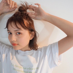 ナチュラル お団子アレンジ ボブ ショートボブ ヘアスタイルや髪型の写真・画像
