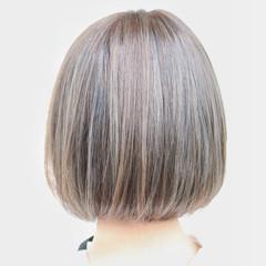 フェミニン ハイライト ボブ ブリーチ ヘアスタイルや髪型の写真・画像