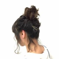コンサバ お団子 波ウェーブ 愛され ヘアスタイルや髪型の写真・画像