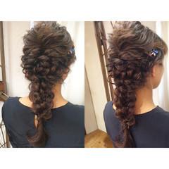ロング 波ウェーブ 大人かわいい 編み込み ヘアスタイルや髪型の写真・画像