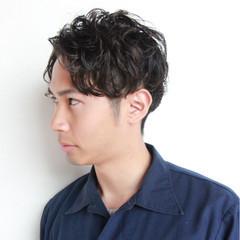 ストリート ショート 黒髪 パーマ ヘアスタイルや髪型の写真・画像