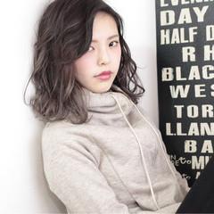 グラデーションカラー アッシュ 外国人風 透明感 ヘアスタイルや髪型の写真・画像
