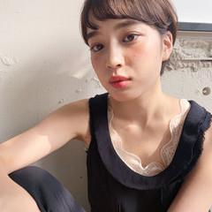 フェミニン 大人ショート ショート 前髪パーマ ヘアスタイルや髪型の写真・画像