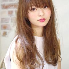 外国人風 前髪あり ロング ナチュラル ヘアスタイルや髪型の写真・画像