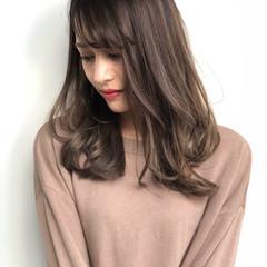 コンサバ ハイライト アンニュイほつれヘア コントラストハイライト ヘアスタイルや髪型の写真・画像