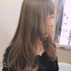 フェミニン ナチュラル ロング レイヤーカット ヘアスタイルや髪型の写真・画像