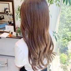 ロング 髪質改善カラー 大人かわいい アッシュベージュ ヘアスタイルや髪型の写真・画像