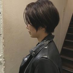モード ショート かっこいい リラックス ヘアスタイルや髪型の写真・画像