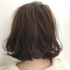 ナチュラル パーマ ボブ グラデーションカラー ヘアスタイルや髪型の写真・画像