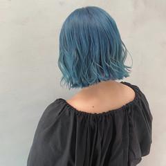 切りっぱなしボブ ブルー ダブルカラー セミロング ヘアスタイルや髪型の写真・画像