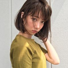 女子会 リラックス オフィス ボブ ヘアスタイルや髪型の写真・画像