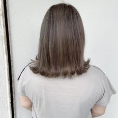 ダメージレス ミディアム エレガント 圧倒的透明感 ヘアスタイルや髪型の写真・画像
