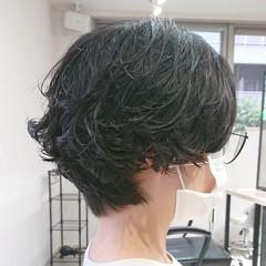 ショートボブ パーマ ナチュラル マッシュショート ヘアスタイルや髪型の写真・画像