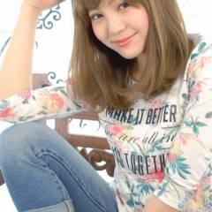 ミディアム 夏 ナチュラル ブラウンベージュ ヘアスタイルや髪型の写真・画像