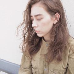 パーマ ウェーブ ハイライト ロング ヘアスタイルや髪型の写真・画像