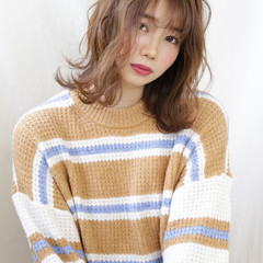 フェミニン ナチュラル可愛い シンプル ゆるふわセット ヘアスタイルや髪型の写真・画像