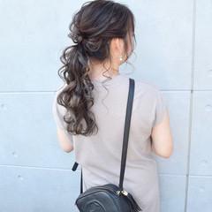 ガーリー セミロング ヘアセット グレージュ ヘアスタイルや髪型の写真・画像