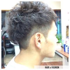 ショート ストリート 刈り上げ ラフ ヘアスタイルや髪型の写真・画像