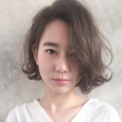外ハネボブ ふんわり前髪 大人かわいい フェミニン ヘアスタイルや髪型の写真・画像