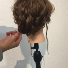 三つ編み 結婚式 大人かわいい 外国人風 ヘアスタイルや髪型の写真・画像