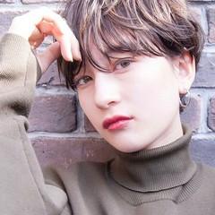 小顔ショート 丸みショート ショートヘア 透明感 ヘアスタイルや髪型の写真・画像