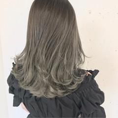 ミディアム リラックス 大人かわいい グラデーションカラー ヘアスタイルや髪型の写真・画像