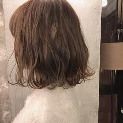 結婚式 外国人風カラー オフィス ロブ ヘアスタイルや髪型の写真・画像