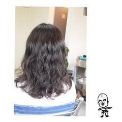 波ウェーブ ロング ナチュラル アンニュイ ヘアスタイルや髪型の写真・画像