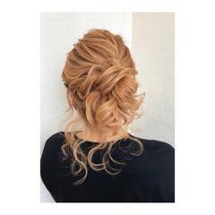 セミロング ヘアアレンジ フェミニン ふわふわヘアアレンジ ヘアスタイルや髪型の写真・画像