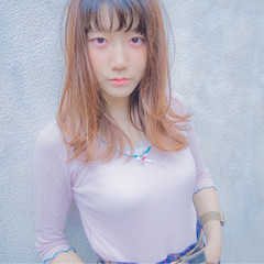 ワイドバング ミディアム ガーリー 外国人風 ヘアスタイルや髪型の写真・画像