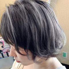 アウトドア コントラストハイライト 3Dハイライト フェミニン ヘアスタイルや髪型の写真・画像