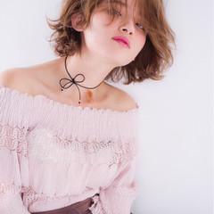 ガーリー シースルーバング ボブ パーマ ヘアスタイルや髪型の写真・画像