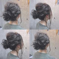 簡単ヘアアレンジ グレージュ カーキ カーキアッシュ ヘアスタイルや髪型の写真・画像