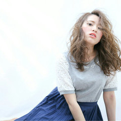 ロング アッシュ エレガント 上品 ヘアスタイルや髪型の写真・画像