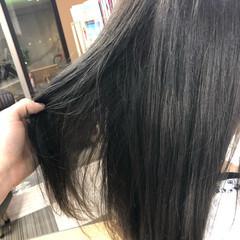 グレー 色濃く透ける セミロング グレージュ ヘアスタイルや髪型の写真・画像
