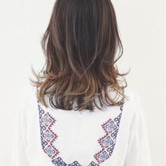 外国人風 グラデーションカラー ハイライト インナーカラー ヘアスタイルや髪型の写真・画像