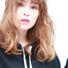 ストリート グラデーションカラー ミディアム アッシュ ヘアスタイルや髪型の写真・画像