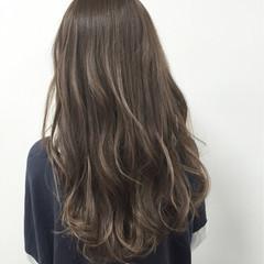 アッシュ ロング グラデーションカラー 外国人風 ヘアスタイルや髪型の写真・画像