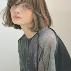 アッシュ ボブ ストリート 大人かわいい ヘアスタイルや髪型の写真・画像