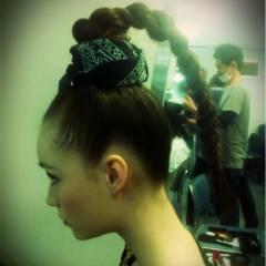 ストリート 外国人風 ヘアアレンジ ロング ヘアスタイルや髪型の写真・画像