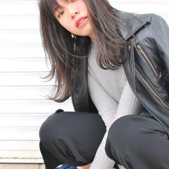 外国人風 セミロング 前髪あり レイヤーカット ヘアスタイルや髪型の写真・画像