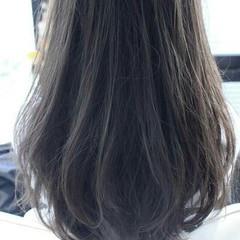 外国人風 ゆるふわ 暗髪 大人かわいい ヘアスタイルや髪型の写真・画像