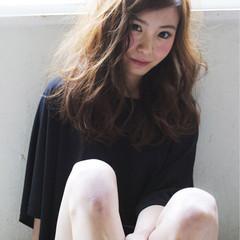 ストリート 外国人風 ゆるふわ フェミニン ヘアスタイルや髪型の写真・画像
