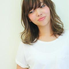 大人かわいい ミディアム グラデーションカラー フェミニン ヘアスタイルや髪型の写真・画像