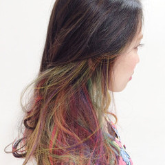ストリート 外国人風 ダブルカラー インナーカラー ヘアスタイルや髪型の写真・画像